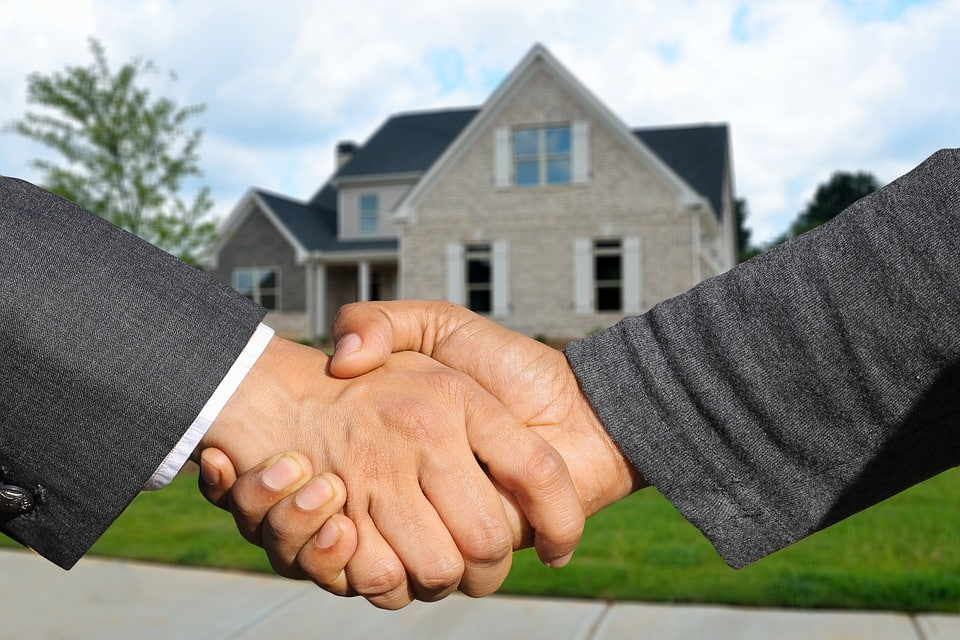 Should I Buy a House Unseen?